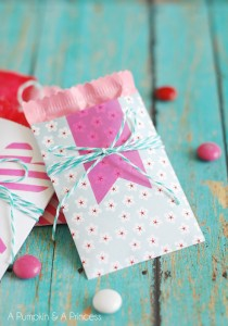 Valentine-paper-treat-sacks