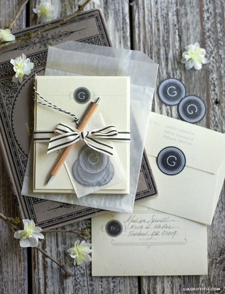 Freebie & Tutorial - Monogram Stationery Gift Set